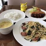 ラ・マルセイユ - 料理写真:合体! ※本日のサービスランチ600円(税込