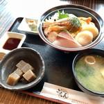 112441841 - 海鮮丼 1,400yen