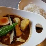 和洋食道 Ecru - 料理写真:納豆と野菜のキーマスープカレー