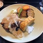 ミニヨン 坂ノ上 - 麹漬け鶏もも肉のソテー