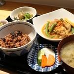 オーガニックカフェ・ラムノ - 命のご膳、単品1,200円也。