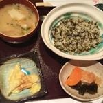 阿蘇庭 山見茶屋 - たかなめし定食