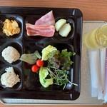 白浜古賀の井リゾート&スパ - 息子の朝食①