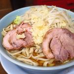 らーめん 玄 - 小ラーメン750円 ニンニク