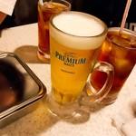 串カツ 田中 - 乾杯の生ビールと烏龍茶