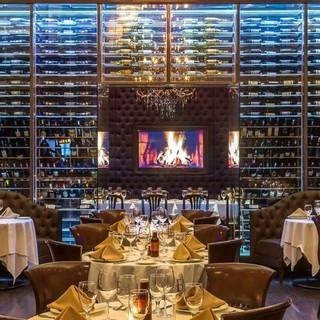 4つのワインセラーと250種1000本以上のワイン