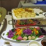 ホテルキャメロットジャパン - サラダ+サンドイッチ