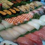 村庄寿司 - 料理写真:陶器のお皿で出前できます!