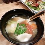 帰蝶 - 野菜たっぷり水ギョーザ
