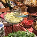 イタリア食堂 ヴェッキオ・トラム - 料理写真:サラダバイキング