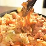 和馬'sキッチン - チーズトロトロ間違いない美味しさ!『チーズタッカルビ』