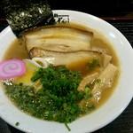 拉麺 げん骨屋 - 醤油ラーメン