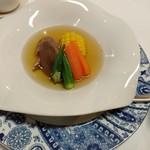 古月 - 牛タンと夏野菜のスープ
