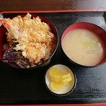 ドライブイン本郷 - 天丼 750円