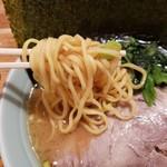 らーめん佐とう - 麺アップ