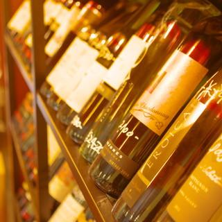 ワインも豊富に取り揃えております