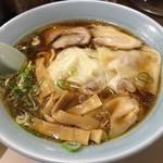 駅前ラーメン ひげ - ワンタン麺