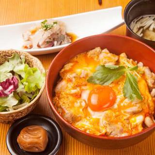 日本全国の日本酒と鮮魚を堪能