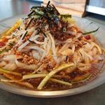 112618938 - 担々麺冷房(冷)  刀削麺