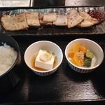 112622069 - 豚カルビ西京焼き定食 880円(込)