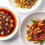 チャイナルーム - オリジナル冷製麺と旨みが凝縮された激辛メニュー