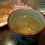 みたんちゅ - サービスのウコン茶