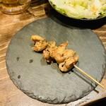 鶏はし - 焼き鳥屋で「雄勝のスレート皿」は向いてない‼︎