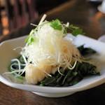 中国家常菜 燕郷房 - イカと葉野菜の温サラダ