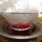 ヨックモック - 天然氷のかき氷 苺