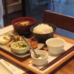 112649371 - 旅する朝食 第9期 鹿児島 morning 350円