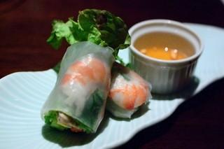 オリエンタルガーデン イサラ - 有機野菜と海老の生春巻き1P(350円)