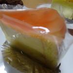 菓子厨房 レヴェ - 桃のババロア