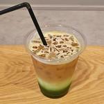 ホンマチコーヒー - エスプレ抹茶ラテ(550円)