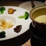 8G shinsaibashi - チーズフォンデュ