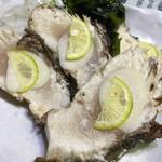 男組 釣天狗 - 料理写真:鰤の塩たたき