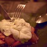 HOUSE - モッツァレラブラータ&久保農園トマト
