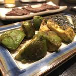 炭焼き 牛たん ゑのじ - アボカドの醤油焼き?