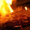 Bistro Gorilla - その他写真:肉を焼いているシーン