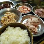 テッポ屋 - 料理写真: