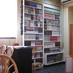 ラジャコート - たくさんの本
