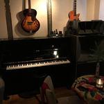 バー デイズ - ピアノ&ギター