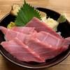 さかな屋すし 魚健 - 料理写真:まぐろ中トロ丼を