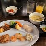 広東料理セレブリティクラブ セラリ迎賓館 - [料理] この日のチョイス 全景♪W