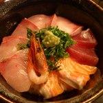 11271703 - 海鮮丼