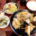 胡椒饅頭PAOPAO - 日替わりBセット(950円)