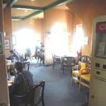 カフェ・ビアレストラン エル・トマ - 店内風景