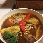 112727246 - 野菜とチキンのスープカリィ