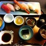 11273958 - 寿司定食(昼)1200円