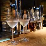 杜若 - 日本酒サーバーを楽しみます
