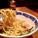 TAIWAN CAFE&BAR 台湾ケンタ - 麺リフト